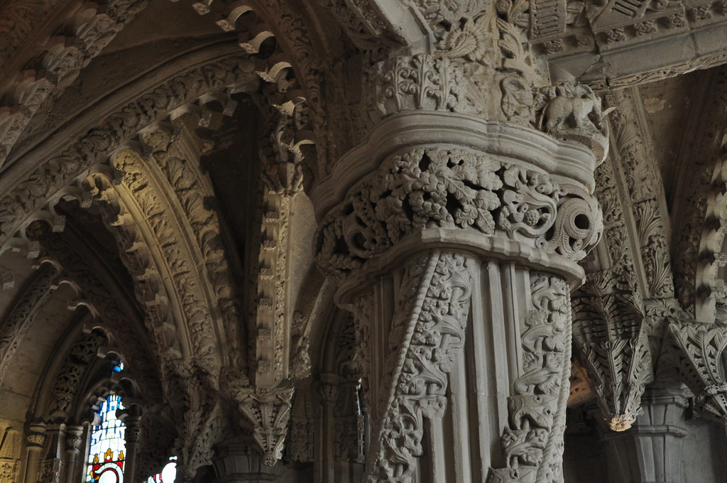 Pilier de l'apprenti dans la chapelle Rosslyn près d'Edimbourg - Photo de Bernard Blanc.