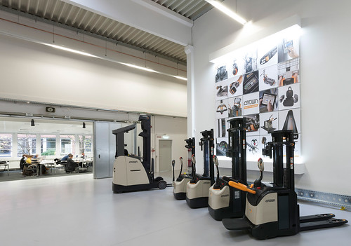 Crown Equipment Product and Training Center, Feldkirchen
