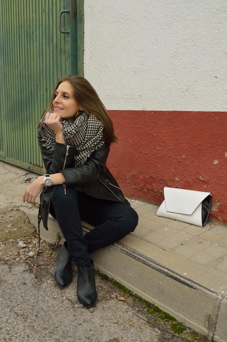 lara-vazquez-madlula-streetstyle-fashion-blog-perfecto-jacket-rocanrolla