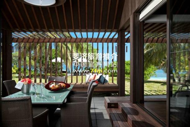 斐济沃莫岛度假酒店(Vomo Island Resort)居所套房
