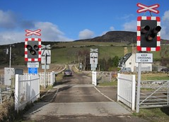 Kirkton level crossing 2011