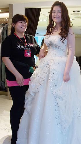 豐腴女孩也能挑到漂亮婚紗31