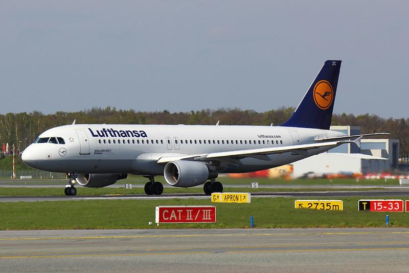 Lunfthansa - A320 - D-AIZC (1)