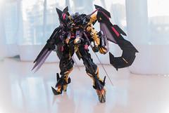 MetalBuild MBF-P01-Re2AMATU Gundam Astray Gold Frame Amatsu Mina Custom