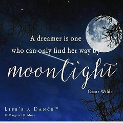 #blogauroradecinemafrases  #amazing #oscarwilde #cool  #moonlight #moon #20likes #lua #luar