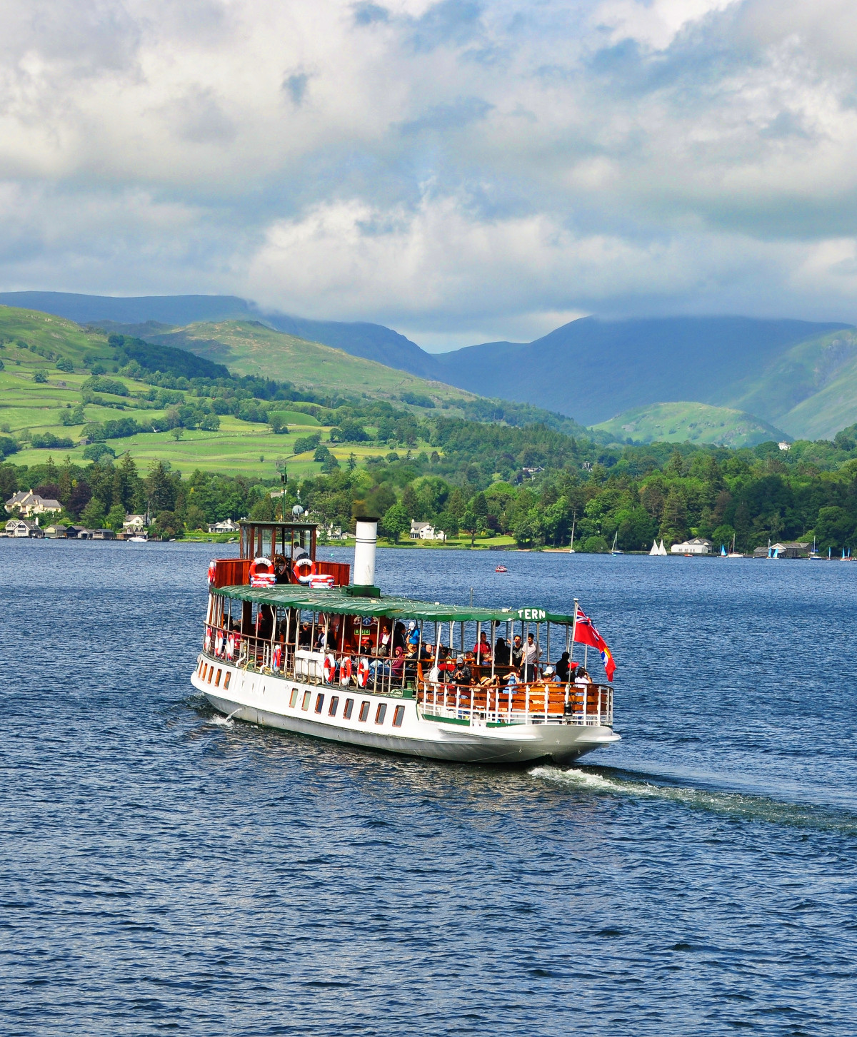 MV Tern built in 1891 crossing Windermere. Credit RuthAS