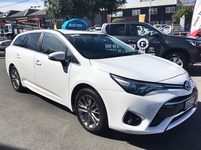 Avensis (T270) - Toyota