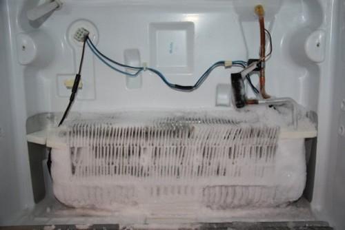 Tại sao tủ lạnh lại có thể làm lạnh?