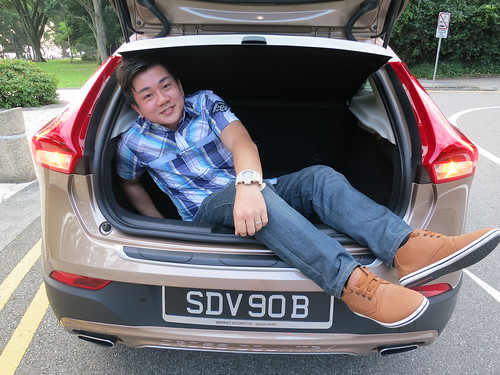 Singapore Lifestyle Blog, Singapore Blog, nadnut, nadnut Volvo, Volvo V40, Volvo Adventure, Volvo V40 review, nadnut Volvo V40, Car reviews
