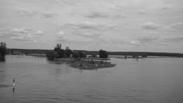 Die Oder zwischen Frankfurt und Slubice