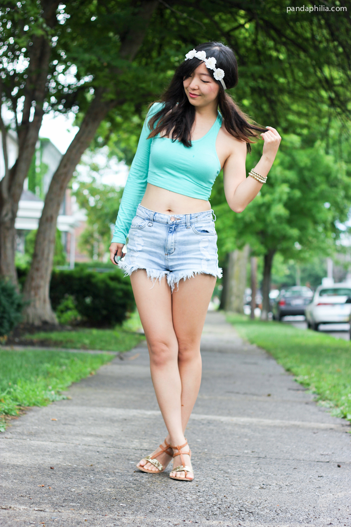 c8d38d34848ef pandaphilia  Summer Festival Fashion  Crop Top + High Waisted Denim ...
