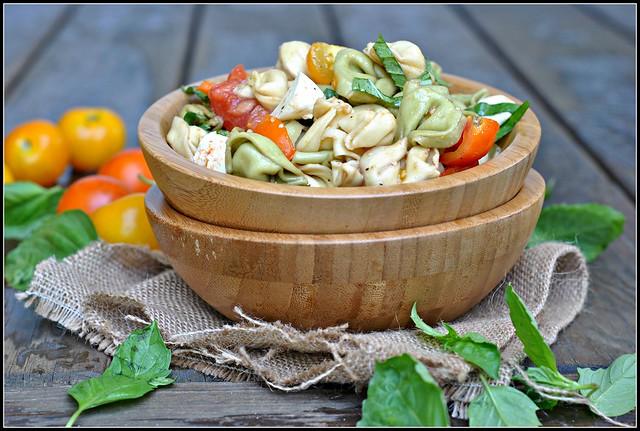 tomatobasiltortellinisalad3