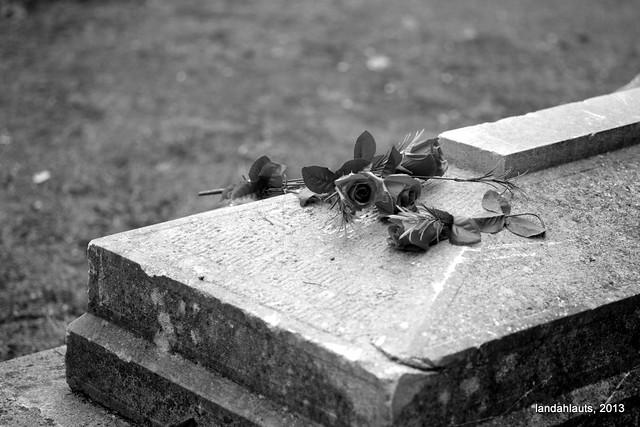 Landahlauts - Cementerio de Granada