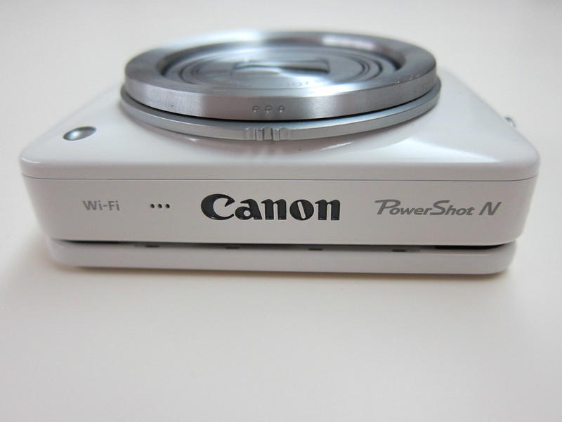 Canon PowerShot N - Top View