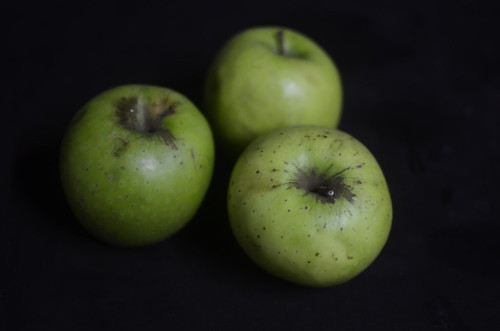 Green cooking apples
