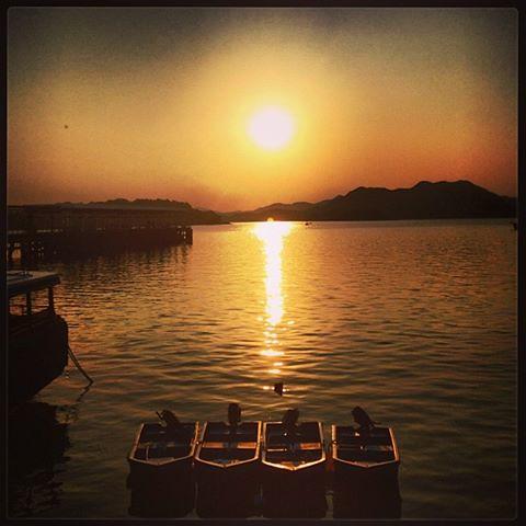 sunrise boats hongkong harbour newterritories saikung