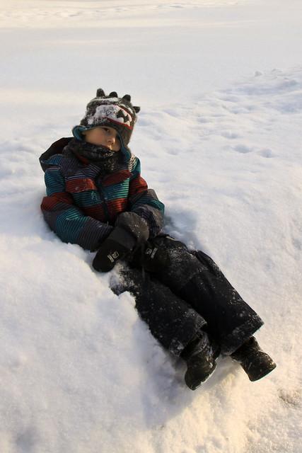Axel et le banc de neige
