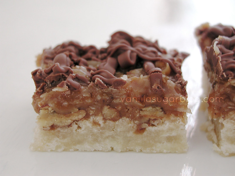 vanilla sugar blog: coconut-caramel pecan shortbread bars
