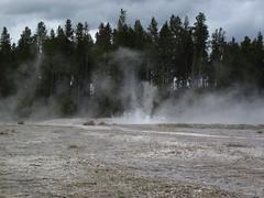 Bead Geyser in eruption (1:02 PM on, 3 June 2013) 17