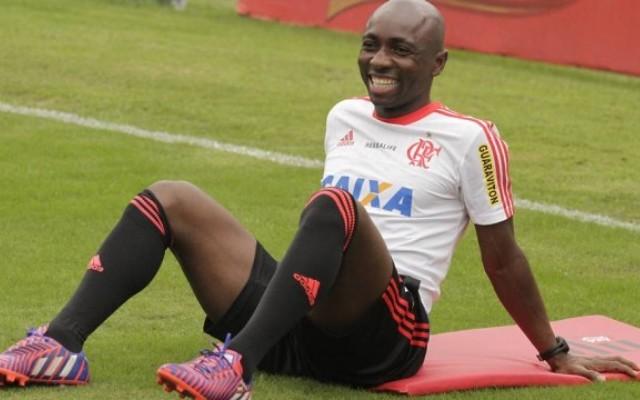 Ap�s empr�stimo ao Flamengo, Armero recebe proposta para jogar na China