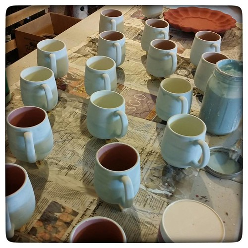 Scenes from a work day #ceramics