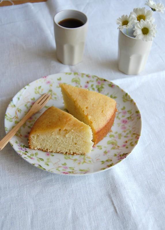 Caipirinha drizzle cake / Bolo de caipirinha