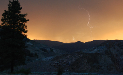 sunset bc thunderstorm nicolavalley spencesbridge