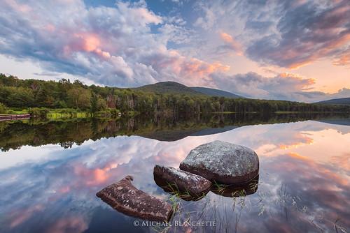 sunset reflection clouds pond vermont unitedstates newengland groton noyespond grotonstateforest seyonpond