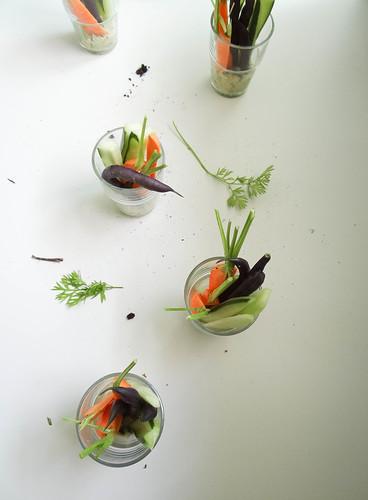 individual crudités // white bean basil hummus