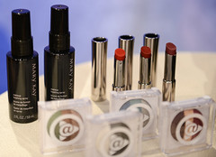 eye(0.0), lipstick(1.0), beauty(1.0), cosmetics(1.0),