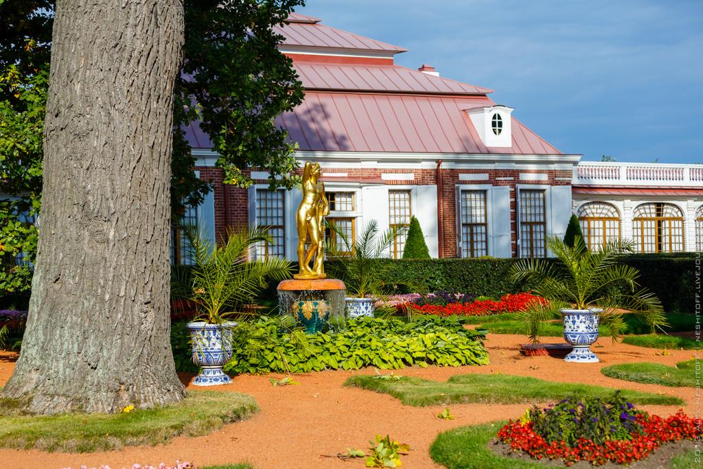 2013-Russia-Saint-Petersburg-Peterhof-008