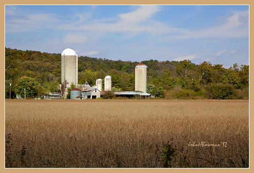 virginia october barns silos shenandoahvalley tinroof 2012 warmsunlight mountainviews canon24105l virginiamountains shenandoahcounty blueskieswhiteclouds october2012 virginiabarns