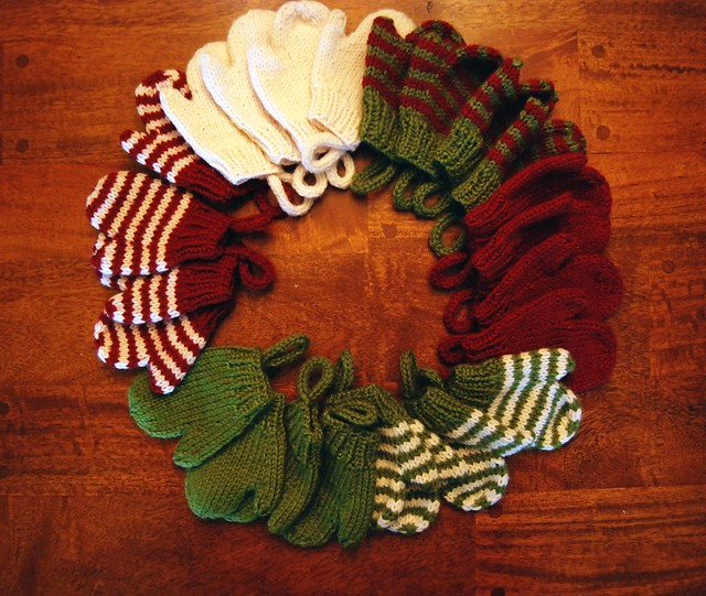 Smitten Holiday Advent Calendar Mittens