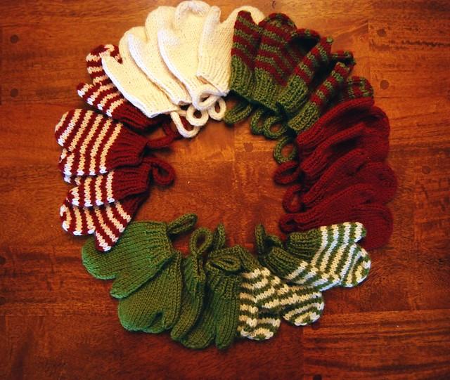 Smitten Holiday Advent Calendar Mittens