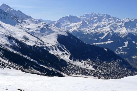 Čtyři údolí: velká, ale hlavně rozlehlá