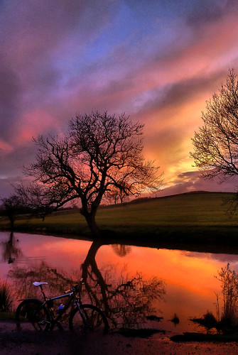 sunset1hdr by rOcKeTdOgUk