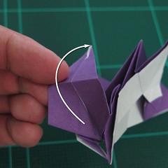 วิธีพับกระดาษเป็นรูปนกอินทรี (Origami Eagle) 030