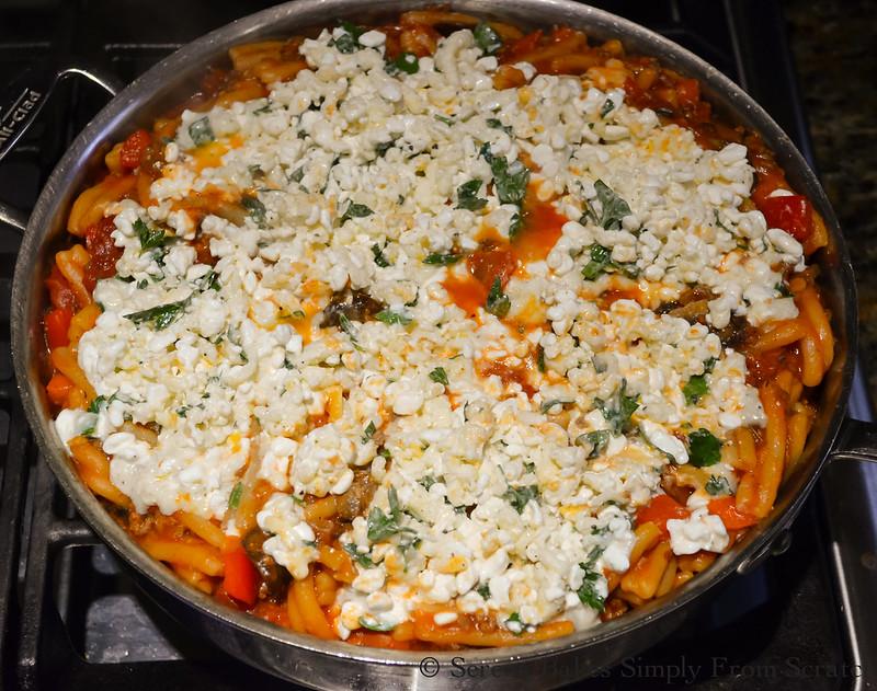 One-Pot-Lasagna-Pasta-Skillet-Cheese-Bake.jpg