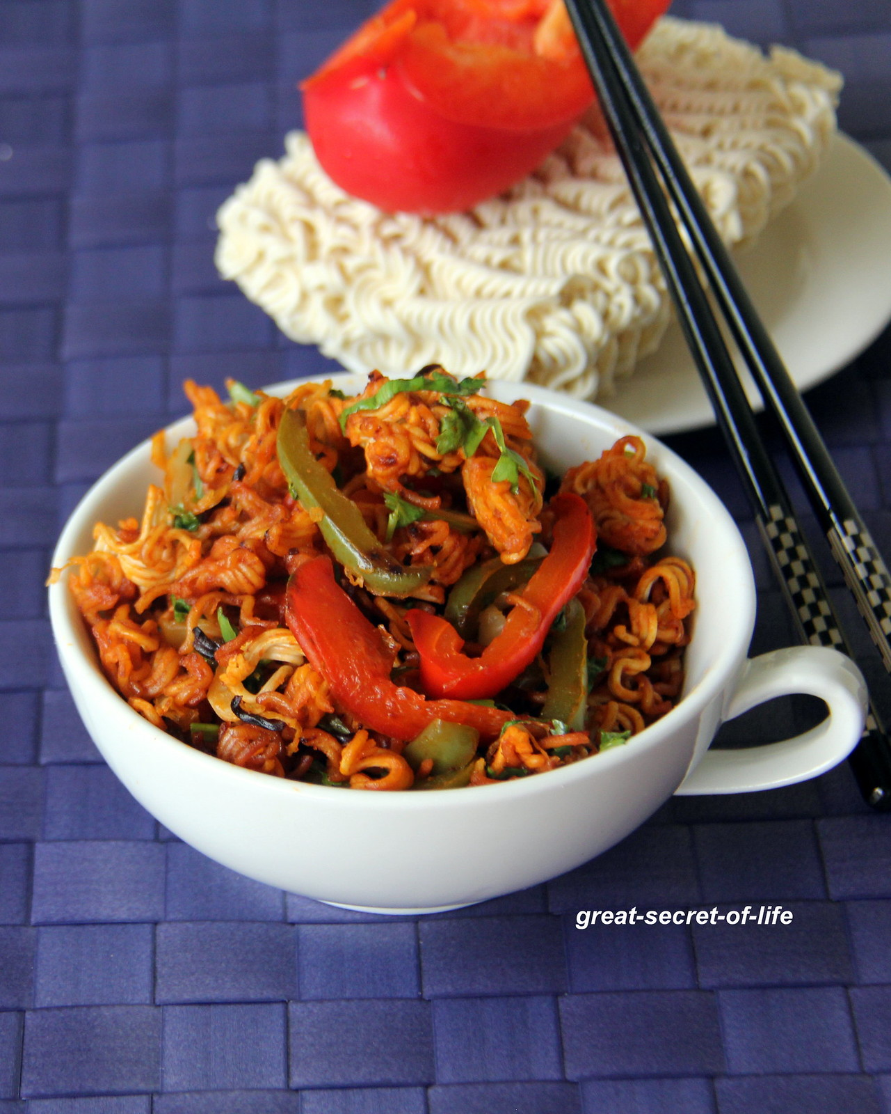 Chinese bhel fusion snack indo chinese snack indian street mix forumfinder Images
