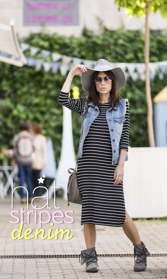 street style barbara crespo zara hat stripes dress denim jacket fashion blogger outfit blog de moda