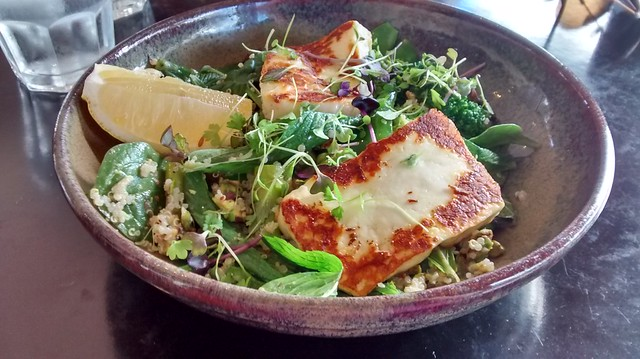 Cafe Macquarie Belmont Haloumi Salad