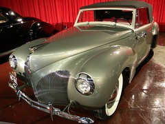 1940 Lincoln Zephyr Continental Cabiolet 2
