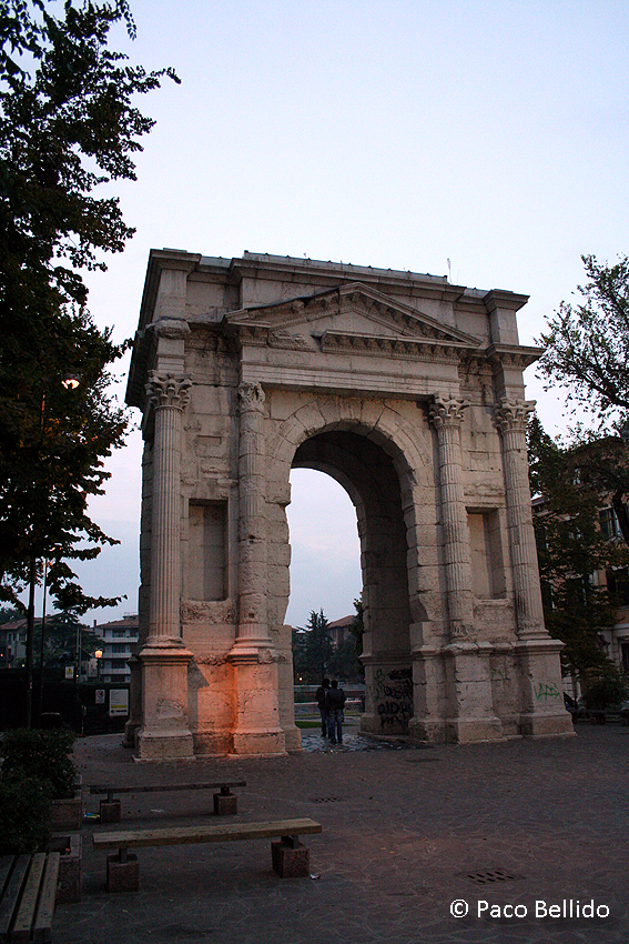 Arco dei Gavi. © Paco Bellido, 2006
