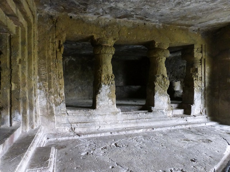 Mandapeshwar Caves - Cells on the side