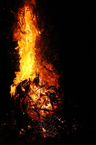 tornado-burning-eturner