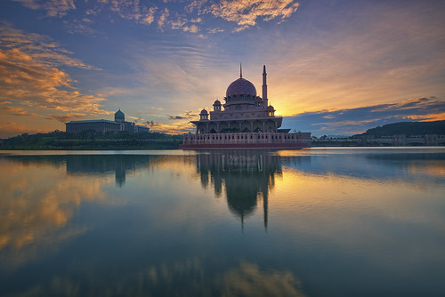 reflection clouds sunrise mosque putrajaya hdr masjid putramosque hdrphotography masjidputra putrajayalake sifoocom nikond800e nurismailphotography nurismailmohammed nurismail pwpartlycloudy
