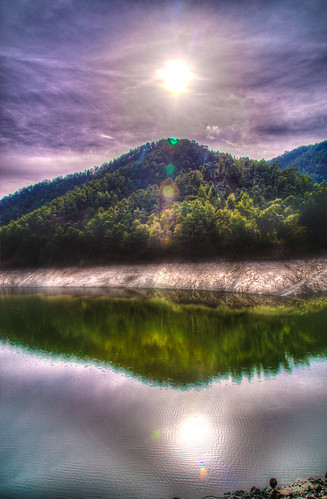 autumn lake water canon landscape eos dam cyprus reservoir fullframe hdr lightroom troodos agiamarina 24105 nicosia lefteris eos6d terykats xyliatou katsouomallis
