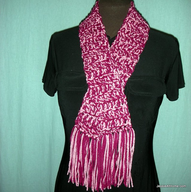Leo-Scarf-Free-Crochet-Pattern-Worsted-Weight