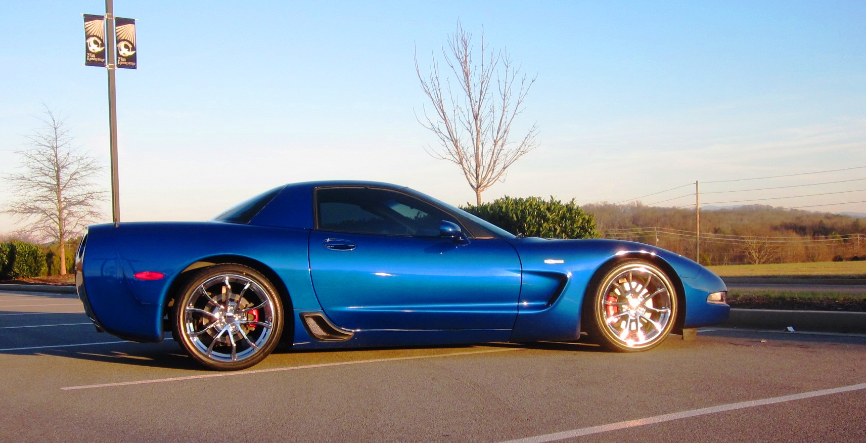 Electron Blue C5z With Centennial Cup Wheels In Chrome