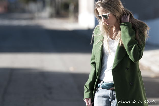 Green-oversized-coat-04